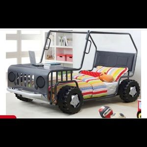 Other - Twin Jeep bed for child